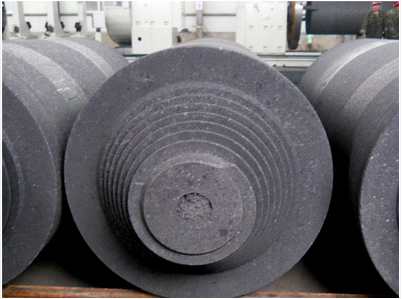 What is the requisite of graphic and carbon electrodes?